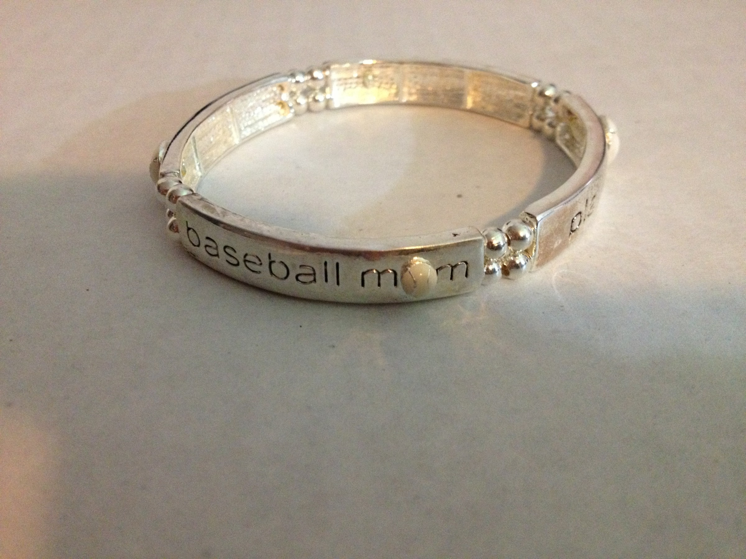 BASEBALL MOM STRETCH BRACELET-3196